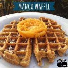 Empezando bien la semana waffle de mango 3 claras (o un huevo ) 3 Cucharadas de avena 1 cucharadita de bicarbonato 1 mango edulcorante al gusto (generalmente uso stevia hoy use monk fruit)  Licúe todo menos 1/2 mango que usé como topping junto con jarabe de agave y semillas de girasol   Si no tienen wafflera hagan pancakes   #monday #lunes #buenosdias #waffle #desayuno #desayunofit #desayunosano #desayunosaludable #breakfast #healthylifestyle #recipe #saludable #sano #salud #health #healthy…