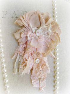 ❥ Blush Beauty Petite Tattered Rose