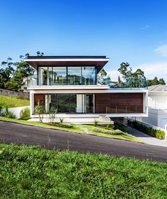 This gorgeous modern house is a visual treat