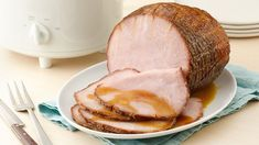 Slow Cooker Brown Sugar Ham ~ Holiday Dinner From The . EASY Crockpot Spiral Ham Only 5 Mins Prep! Crockpot Slow Cooker Spiral Ham With Pineapple. Best Slow Cooker, Crock Pot Slow Cooker, Crock Pot Cooking, Slow Cooker Recipes, Crockpot Recipes, Cooking Ham, Cooking Steak, Slow Cooker Smoked Ham, Cooking Broccoli