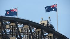 Sydney Harbour Bridge, New South Wales, Australia. (Creative Commons by Bob Linsdell, Flickr)