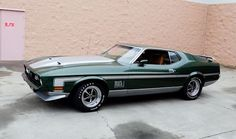 1971 429 Cobra Jet Mach 1 looks just like my old 72 mach except for the spoilers mine didnt have them