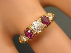 FINE-ANTIQUE-VICTORIAN-18CT-GOLD-5-STONE-RUBY-DIAMOND-HALF-HOOP-RING-HEART-BOX