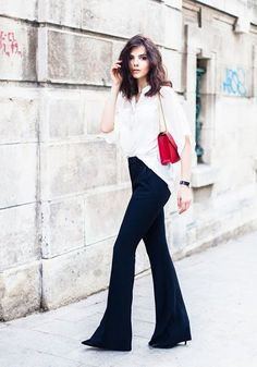Just a pretty style | Latest fashion trends: Street style | Flared pants and loose blouse