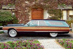Rare 1964 Thunderbird Squire - are those suicide doors???