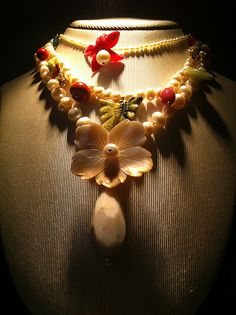 Yiousouri Fabric Jewelry, Jewelry Shop, Arts And Crafts, Diy, Decor, Jewlery, Decoration, Jewellery, Bricolage