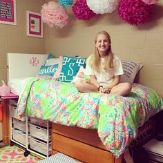 Dorm room! Good thing I have a Lilly quilt and duvet so I can take one to college and leave one on my bed at home :)