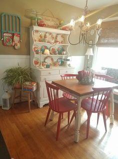 Best Indoor Garden Ideas for 2020 - Modern Boho Kitchen, Kitchen Redo, Country Kitchen, Vintage Kitchen, Kitchen Dining, Kitchen Remodel, Dining Rooms, Kitchen Ideas, Pioneer Woman Dishes