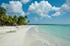 Seven mile bach in Negril Jamaica