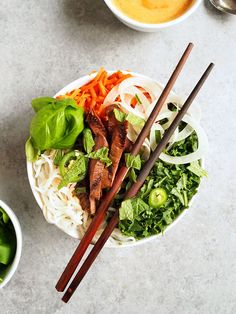 Easy Asian Fennel Beef Rice Noodle Bowls | http://thekitchenpaper.com/easy-asian-beef-rice-noodle-bowls/