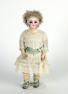 79.9287: doll | Dolls from the Nineteenth Century | Dolls | Online Collections | The Strong