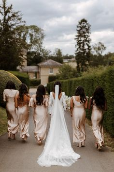 Charlotte and Patrick's day is one of our faves in the Annual - a beautiful day reflecting their Filipino and Mauritian heritage 💓 photo by The Curries dress by Emma Beaumont Atelier Creative Wedding Photography, Wedding Photography Inspiration, Wedding Dress Abroad, Wedding Dresses, Black People Weddings, Real Weddings, Metallic Bridesmaid Dresses, Bridal Car, Wedding Planning Book