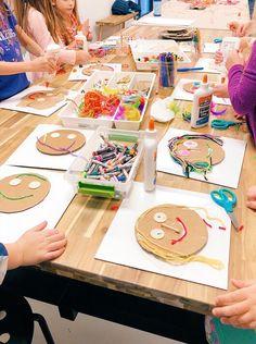 Explore Texture With These Fun Mixed Media Collage Portraits for Kids Portraits For Kids, School Portraits, Self Portrait Kids, Kindergarten Art, Preschool Crafts, Learning Activities, Preschool Activities, Diy For Kids, Crafts For Kids