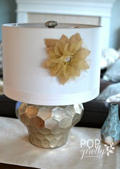 Easy and pretty DIY hostess gift tutorial - lampshade flower