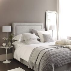 Awesome 80 Luxury Bed Linens Color Schemes Ideas https://lovelyving.com/2017/11/12/80-luxury-bed-linens-color-schemes-ideas/