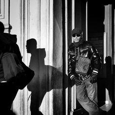 #people of the #street #marseille #bnwlovers #streetphotography #streetphoto #biancoenero #blackandwhitephotography #blackandwhite #streetphot #bnw #igersbnw #marseillerebelle #massalia #instamarseille #planetemars #laviesurmars #marseillecartepostale #choosemarseille