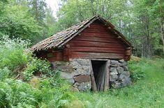 File:Jordkällare Sätra brunn.JPG