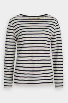 The Seasalt Sailor Shirt is our take on a classic women's Breton top. Made from organic cotton in colours inspired by Cornwall, it's a wardrobe essential. Breton Top, Sailor Shirt, Classic Wardrobe, Nice Tops, Organic Cotton, How To Wear, Shirts, Shopping, Clothes