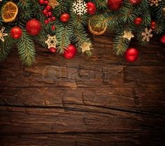 sapin decoration noel: Christmas fir tree with decoration on a wooden board. Free space for text Christmas Wreaths, Xmas, Fir Tree, Illustrations, Photos, Free Space, Holiday Decor, Scream, Board