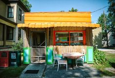 """Check Please! {Café Florie} ~ You're Welcome Savannah • The most colorful little """"hole in the wall"""" in Savannah, we love to eat at Cafe Florie! Click to see more of @you're Welcome's photos!"""