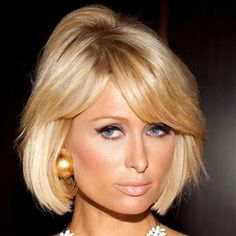 Paris Hilton: Revealing Neckline Medium Short Hair, Short Hair Cuts, Short Hair Styles, 2015 Hairstyles, Short Hairstyles For Women, Simple Hairstyles, Haircuts, Hair Day, New Hair