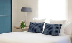 #Decoracion #Moderno #Dormitorio #Camas #Lamparas #Ventanas