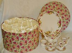 Royal Albert Old Country Roses Mini Tea Set 9 pieces