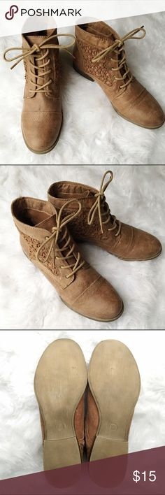 // Mossimo Supply Brown Boots w/ Lace Inserts // Size: 10 Details: Lace up boots - lace inserts on sides - low heel  * Gently worn - great condition!! *  Ready to wear for autumn! :) Mossimo Supply Co. Shoes Ankle Boots & Booties