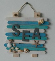 Beachy naambord van ijsstokjes @ SEA by natasha The post Beachy naambord van ijsstokjes @ SEA by natasha appeared first on Easy Crafts. Sea Crafts, Diy Home Crafts, Wood Crafts, Crafts For Kids, Arts And Crafts, Seashell Crafts Kids, Teen Summer Crafts, Baby Crafts, Resin Crafts