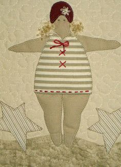 I just love this blog! This little quilt has three swimmers - soooo cute!
