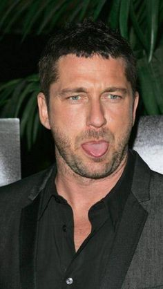 Tongues don't mind if I do ❤️