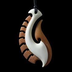 Hei Matau • Fish Hook Pendant by Kerry Kapua Thompson, Māori artist (NZ120509)