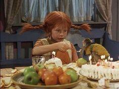just like feeding time in my house Pippi Pippi Longstocking, Eat Pray Love, Jim Henson, Kermit, Frida Abba, 80s Kids, Film Stills, Childrens Books, Happy Birthday