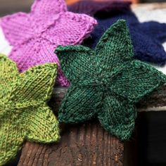 Knit Stars, pattern by Kirsten Hipsky.  Use as ornaments?  Coasters?  Not sure, but they're cute!
