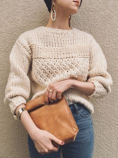 New Crochet Sweater Vintage Ideas Knitwear Fashion, Knit Fashion, Knitting Stitches, Knitting Designs, Beginner Knitting Projects, How To Purl Knit, Knitting Accessories, Knit Patterns, Knit Crochet
