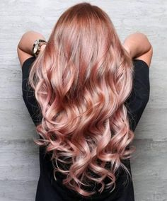 40 Gorgeous Rose Gold Hair Color Ideas For You Page 6 of 40 Red Hair and Makeup Gold Hair Colors, Hair Color For Black Hair, Hair Colours, Rose Gold Hair Blonde, Rose Hair Color, Blonde Brunette, Peach Hair, Summer Hair Colour, Rose Gold Bayalage