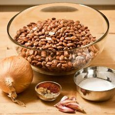 Slow Cooker Mexican Pinto Beans Posted onOctober 11, 2010bymichelle As I mentioned in my menu plan for this week, my 3-year-old son's favorite food ever is beans. Mexican-style pinto beans, actually, ...