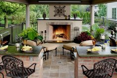I want to incorporate a fireplace and sitting area near the pool and outdoor kitchen area. Looks so comfy!!