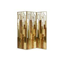 DELPHI- Folding screen in bird's eye & elm root wood veneer, aged brass patina.   Paravent en placage de bois oeil d'oiseau et orme racine, patine laiton vieilli.