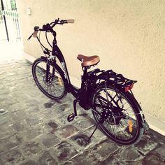 Instagram picutre by @camuse: Un ptit tour  #ebike #velo - Shop E-Bikes at ElectricBikeCity.com (Use coupon PINTEREST for 10% off!)