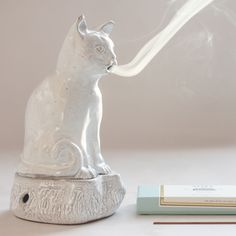 Smoking Kitten Incense Burner - Created by Astier de Villatte & Countess Setsuko Klossowska de Rola Crazy Cat Lady, Crazy Cats, Ceramic Pottery, Ceramic Art, Incense Holder, Incense Burner, Burning Incense, Home And Deco, Clay Crafts