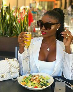 Luxury Lifestyle Homes Boujee Lifestyle, Luxury Lifestyle Fashion, Lifestyle Newborn, Black Girl Magic, Black Girls, Bougie Black Girl, Black Luxury, Brown Skin Girls, Looks Black