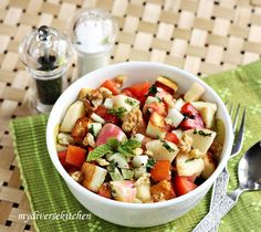 My Diverse Kitchen - Food & Photography From A Vegetarian Kitchen In India : Apple, Tomato And Grilled Paneer Salad With Orange-Mint Dressing