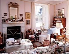 The Dowager Duchess of Devonshire decor of Chatsworth House