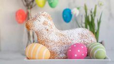 Velikonoční beránek: recept z piškotového, třeného, tvarohového a kynutého těsta Tortilla Wraps, Dinosaur Stuffed Animal, Eggs, Breakfast, Food, Creme, Ranch, Easter Pie, American Cuisine