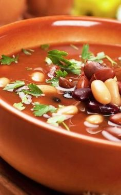 9 Delicious Soups For Weight Loss: Here are different soups that aid in weight loss and how they work.