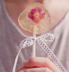 DIY: Lutscher mit essbaren Blüten - selber machen!