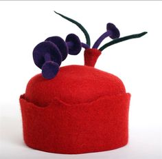 What a chapeau! Created in 2009 by Washington-based felt hat maker & craftsman Lauri Chambers. via art outpost