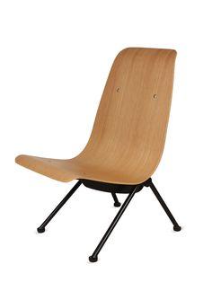 Beata Lounge Chair