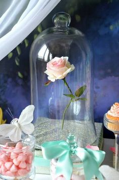 Spectacular fairytale party table centerpiece - this rose in a bell jar is so enchanting! Great idea for bridal shower, baby shower, or Beauty and the Beast themed party! Princess Theme, Baby Shower Princess, Princess Birthday, Girl Birthday, Birthday Parties, Birthday Ideas, Princess Bridal, Disney Princess, Disney Sweet 16